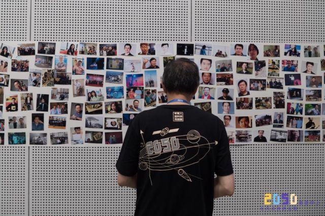 王舒琨|2050 – 是我透过妈妈所看见的最早的未来